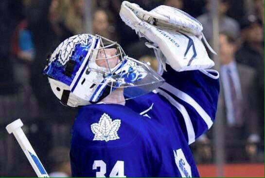 Leafs win & here it is, Lets get this retweeted !! James Reimer Win Salute !! https://t.co/OmIMP0RBrc