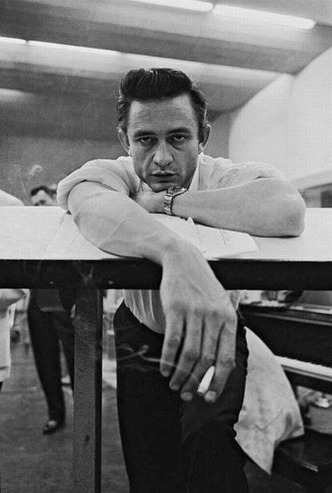 """""""Sometimes I am two people. Johnny is the nice one. Cash causes all the trouble. They fight."""" - Johnny Cash. https://t.co/FVpdDrT3ox"""