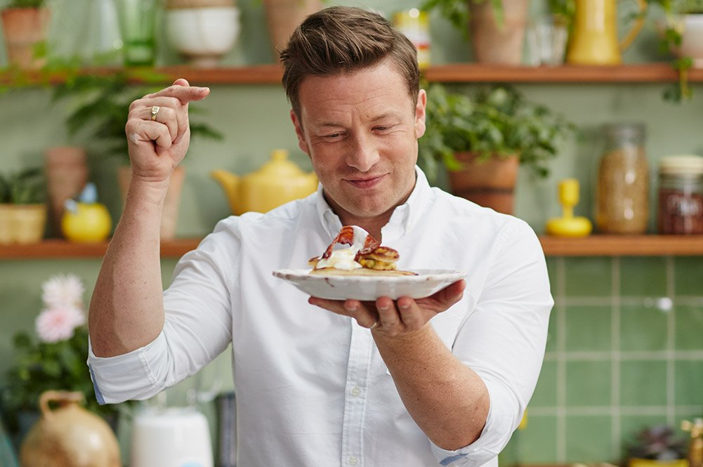 RT @pivot: Almost time for @jamieoliver's #SuperFood! Watch this morning at 11e/8p. https://t.co/4jB79YOS7X https://t.co/SPYrBd8x3K