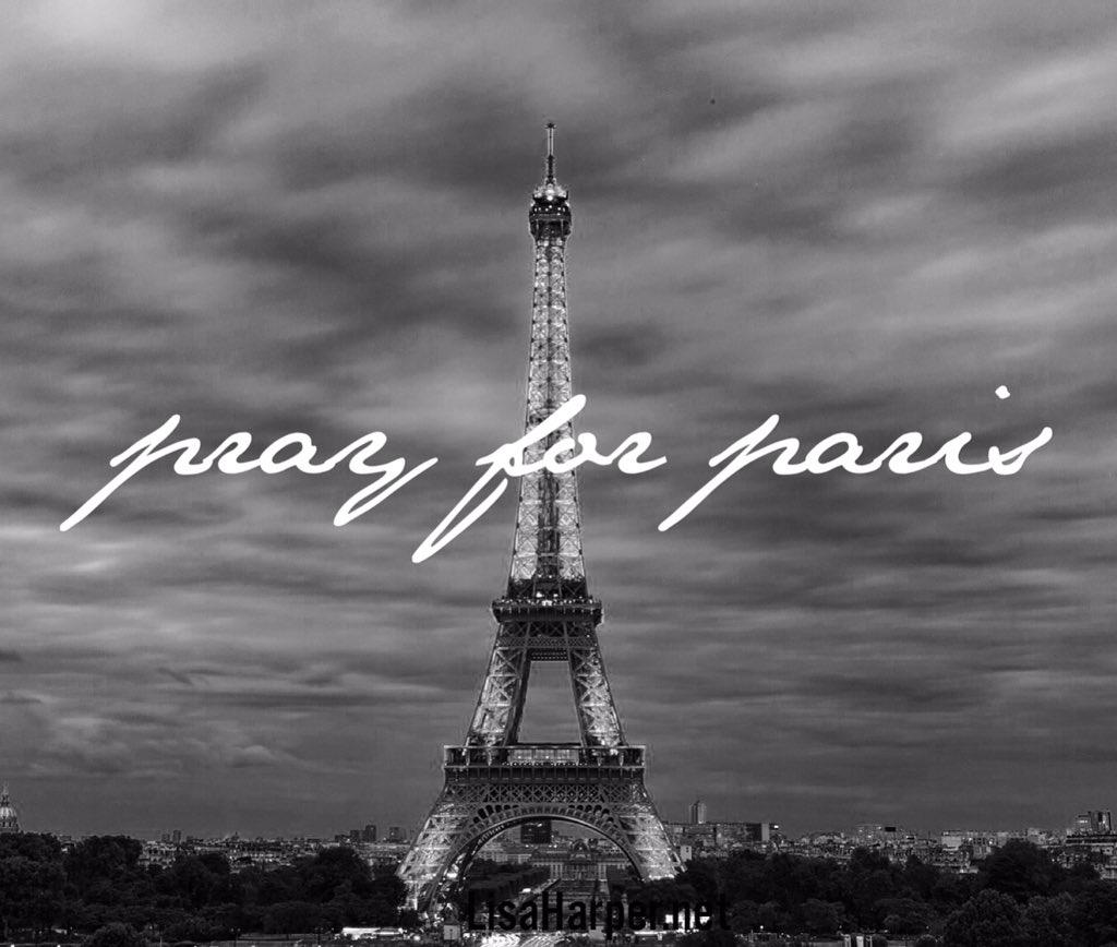#prayforparis https://t.co/NxODSJaZP4