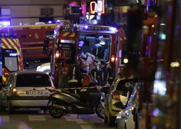 Escaped hostage from #Bataclan tells #CNN terrorists calmly executed hostages, reloaded, executed again in silence https://t.co/OjXMFYRwhj