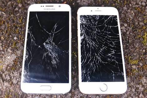 ดูกันชัดๆ ว่าหน้าจอ Galaxy S6 Edge กับ iPhone 6s ใครละเอียดกว่ากัน https://t.co/2YLAKB4ov3