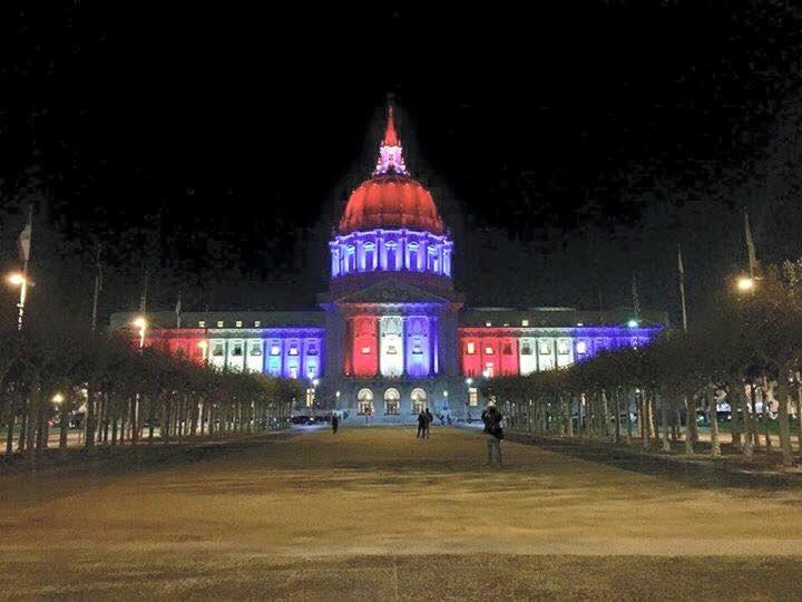 San Francisco City Hall #westandwithparis https://t.co/kXdqUYbraT