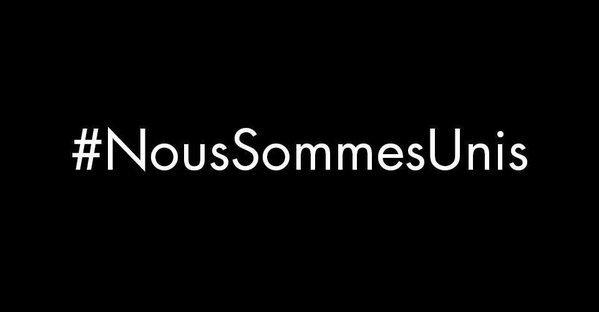 Unsere Gedanken sind bei den Opfern und Angehörigen der schrecklichen Anschläge in #Paris. #NousSommesUnis https://t.co/C5VAzPMSPe