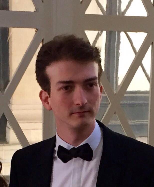 #rechercheParis Quentin Boulenger au Bataclan hier soir. Pas de nouvelle depuis. RT svp, j'ai peu de followers. https://t.co/cz21uSdvod