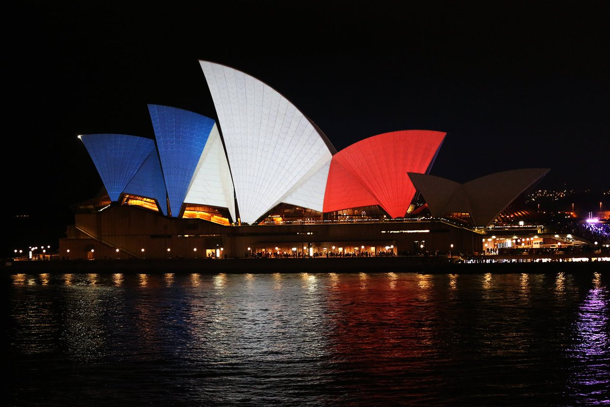 Tonight our sails will be lit in blue, white and red, in solidarity with the people of #France. https://t.co/wSEFWEI3OL