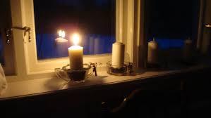 Ce soir, des  bougies à nos fenêtres. Faites passer  #bougiespourParis