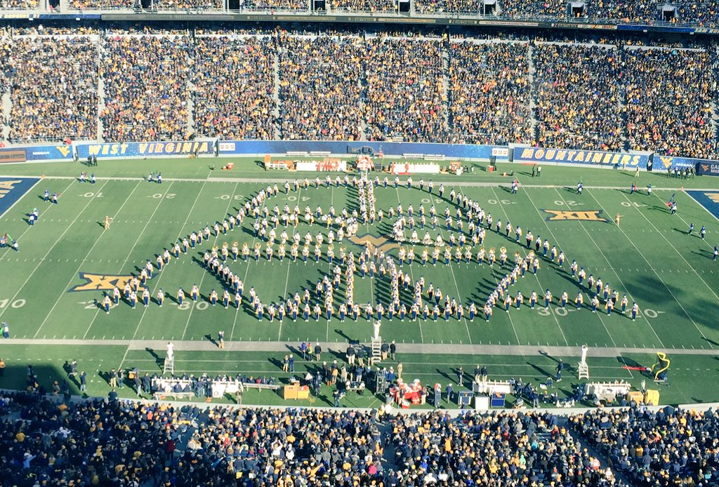 """""""Dana, I am your father"""" #WVU Marching Band forms Darth Vader during halftime show. 'Eers up 21-10 on #Texas. https://t.co/dc74BDfsK5"""