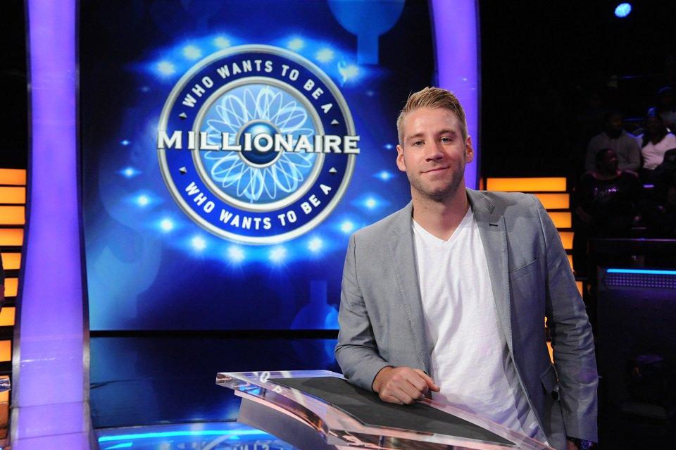 Will Eddie Wilk score $1 million? See #MillionaireTV Eligible Bachelor Week @chrisbharrison: https://t.co/v56mDtykDq https://t.co/N4GnY9ls3l