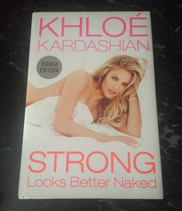 RT @JennyPats: @khloekardashian My signed copy arrived a few days ago!! Love it so much #StrongLooksBetterNaked https://t.co/W3vlvTun1b