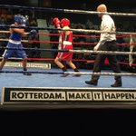 #NKboksen 2015 in #Topsportcentrum #Rotterdam Veel Rotterdams talent in de ring #sportstad #boksen.nl https://t.co/sfCGXed1QW