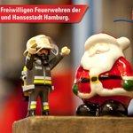 Wir wünschen euch einen schönen Sonntag und einen sicheren 1. Advent. #FFHH #FwHH #Feuerwehr #Hamburg #Advent https://t.co/THUFBqYAIi