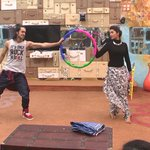 #RishabhSinha & @DiganganaS steal the spotlight by their performance on Suraj hua madham! #BB9WithSalmanKhan https://t.co/2wj74nMjwl