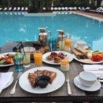 Bitch better have my frühstück ???? ❤️????????????????????????????????????❤️????????????❤️ Wünsche euch einen schönen Sonntag ???? https://t.co/ug6A8PlpLs
