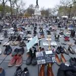 #COP21: Paris tem protesto com sapatos em praça antes de conferência ambiental da ONU https://t.co/OLduHcS8NF #G1 https://t.co/zsKrGK1wqJ