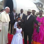 [PHOTOS]: The Pope touch down on Homeland #Uganda the Pearl of Africa! #PopeInUganda @newvisionwire @UrbanTVUganda https://t.co/NiMeDEamuN