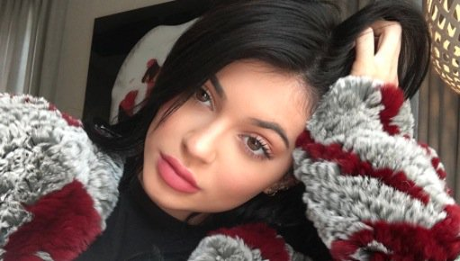 Copy Kylie Jenner's soft, ethereal Thanksgiving make-up in just five simple steps!