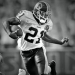8 years ago today, we lost one of the greats. Sean Taylor.  Gone, but never forgotten. #RIP21 https://t.co/lFkobX2AGg
