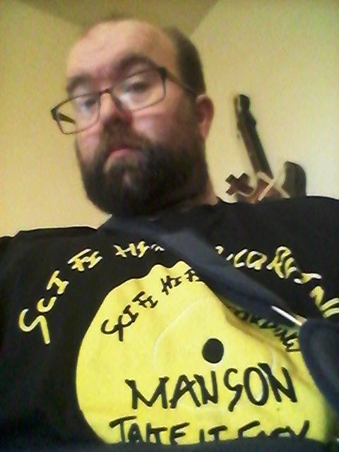 @BBC6Music @BBClamacqshow @mansunband @Fans_of_mansun @PaulDraper #tshirtday #Mansun https://t.co/VyH81j0cw5
