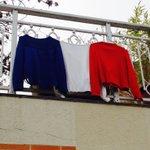 Même sans drapeau, la France pavoise sur #Twitter https://t.co/8nXbpZLumT #hommagenational #HommageAuxVictimes https://t.co/bUGyDZqsh4