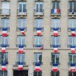 Pendant l'hommage, Paris se fige pour «ne jamais oublier» https://t.co/UflGZqVUEj #AFP https://t.co/p9HZe9zrm0