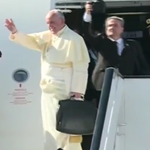 Pope Francis is now aboard the Papal Flight, departing for Uganda. Adios Papa Francis! #PopeInKenya https://t.co/7rZYfLRzH1