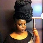 Ladies who mount all sort of structures on their heads,pls and pls again #DropThatLife https://t.co/hSEbCE4xGj