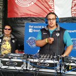 @BigRicDj now live on @GoodHopeFM from the @MPlainFestival with @djdrjules .#DrsInTheHouse https://t.co/uHdMinx4ia