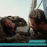 قوات النظام تستهدف طاقم التاوو التابع لـ #لواء_فرسان_الحق بريف حلب الجنوبي بعد إصابة الهدف #الجيش_الحر https://t.co/6QZ72HIdDA