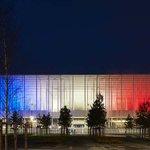 Le Matmut Atlantique en Bleu-Blanc-Rouge ce soir,hommage aux victimes des attentats (photo ©PCaumes-SBA). #Bordeaux https://t.co/Vqq6VGsTXE