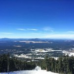 RT @CameroneClark: Hello winter! Blue skies and skiing in #flagstaff. I love #arizona. https://t.co/7ffvfwqb38