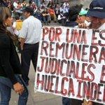 #AméricaLatina | #Perú: Trabajadores del sector público continúan huelga indefinida | https://t.co/0tYLOpRXKD https://t.co/oHqGgy4GhY