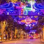 En Medellín, los alumbrados prenden la fiesta que ilumina la Navidad https://t.co/KTD45m1KnH https://t.co/i5r2Xg8W4G