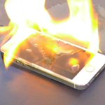 Soooooo whose buying me a new a phone? @JColeNC @kendricklamar https://t.co/djWqaZ7qtf