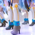 さぁ!ここでクイズです! 秋津さんの脚はどれでしょう!! #11月28日はいいニーハイの日 #いいニーハイの日 https://t.co/IvDnBSsxFf