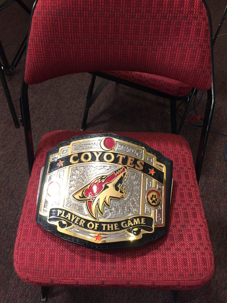 We have stolen the #Coyotes belt to present the belt to Dave Tippett https://t.co/6BY3EWsYVy