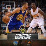 GAMETIME: The Warriors look to extend their win streak to 17-0 as they take on the Phoenix Suns. #DUBNATION https://t.co/HnV2n4krR2
