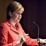 """.@NicolaSturgeon:Cameron making """"heroic assumption"""" on number of moderate Syrian forces. https://t.co/pljDD2VS9w https://t.co/PFDrMLaFcB"""