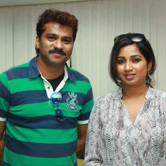 The guy who we keep disturbing (and calling), with @shreyaghoshal yesterday. Shreya looks beautiful