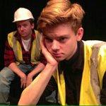 #PHOTO: Thomas pour The three Kings, la nouvelle pièce de théâtre dans laquelle il apparaîtra en Décembre. https://t.co/M7RFJzMKLv