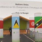 COP21 > des militants zadistes visés par létat durgence >> https://t.co/fLzL8YmZfI https://t.co/ACXHNwHGnz