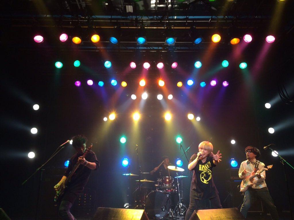 【拡散希望】三年以内に武道館でライブをするバンド、27<HATANANA>です! https://t.co/oBmoFxLhqm