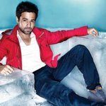 #BOCapsule @emraanhashmi says his brand of romance is different from that of @iamsrk https://t.co/ha9NwBkSgu https://t.co/0z5UJxO7OI