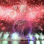 Watch #London come alive with celebrations, fireworks and parties on New Year's Eve! https://t.co/ZKO0qxiyoW #NYE https://t.co/6ZeMAyQ60V