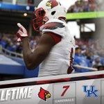 HALFTIME: QB Lamar Jackson scored on a 16-yard rush as the Cardinals trail at halftime in Lexington. #L1C4 https://t.co/Ib9R1EKjw6