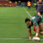 Thats one hell of a finish from Bundee Aki! https://t.co/6uHjTb5UzF