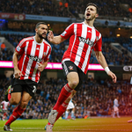 Come on! @ShaneLong7 celebrates in front of #SaintsFCs fans after halving the deficit at the Etihad. https://t.co/a9KaftwyLf