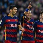 #BolanetFact Menggila! Barcelona di tahun 2015: Messi: 44 gol Neymar: 41 gol Suarez: 40 gol 125 GOL. https://t.co/jD6UNp1oRg