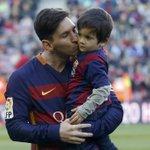 #BolanetFact Karir Lionel Messi: 600 laga 470 gol 188 assists 4 ballons dor 3 golden boots 26 trofi AJAIB. https://t.co/YcPY2jzQ8A