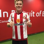 Big thumbs up from a delighted Duncan Watmore after marking his new deal with another @premierleague goal! https://t.co/ivqJ80tW0b